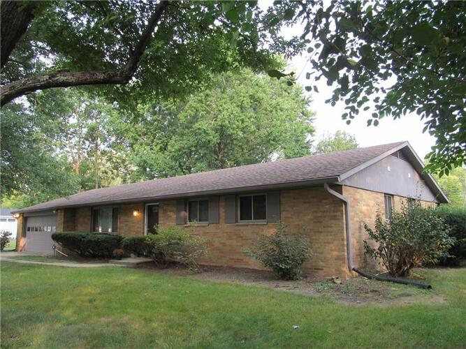 540  Fairway Drive Indianapolis, IN 46260 | MLS 21738739