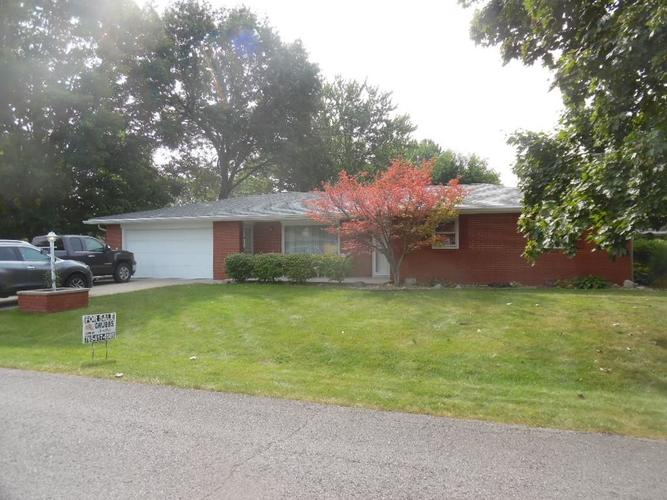 5126  SADDLE Lane Anderson, IN 46013   MLS 21738879