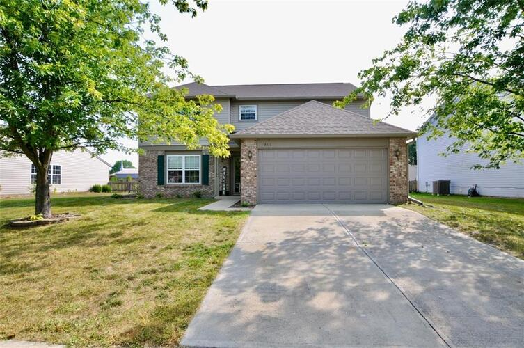 7311  Bobcat Trail Drive Indianapolis, IN 46237 | MLS 21739655