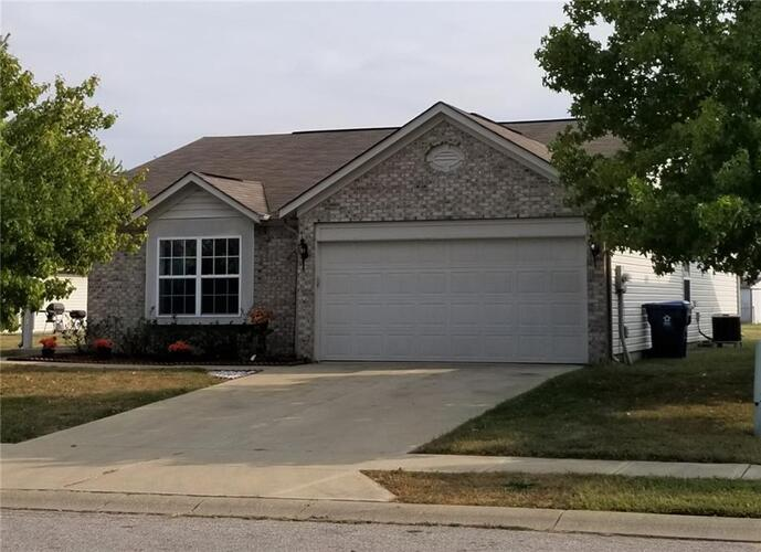5833  Copeland Mills Drive Indianapolis, IN 46221   MLS 21739919