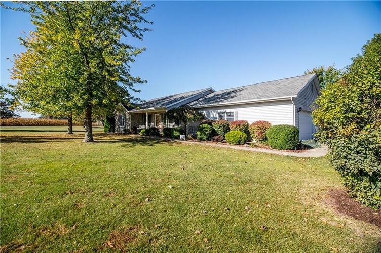 1385 S Airport Rd  Rushville, IN 46173 | MLS 21740470