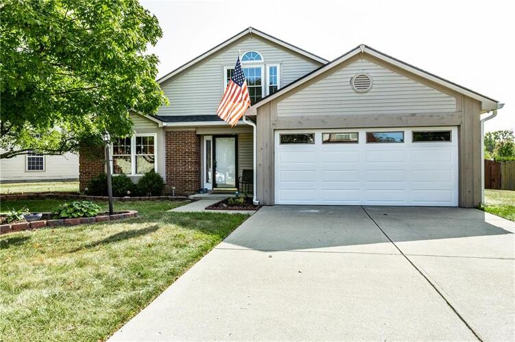 7733  High View Drive Lawrence , IN 46236 | MLS 21740482