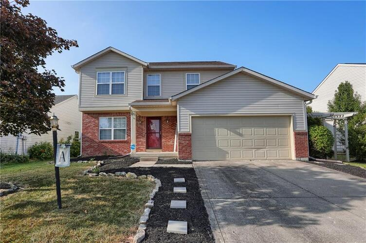 3235  Creekshore Drive Indianapolis, IN 46268 | MLS 21740507