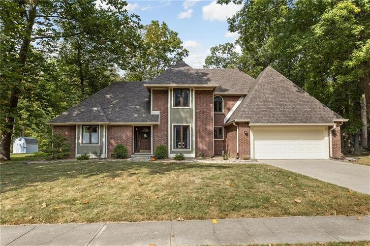 1500  Timber Trail Greenwood, IN 46142   MLS 21740652