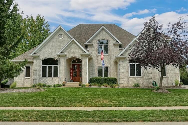 4717  Hickory Wood Row Greenwood, IN 46143 | MLS 21740911