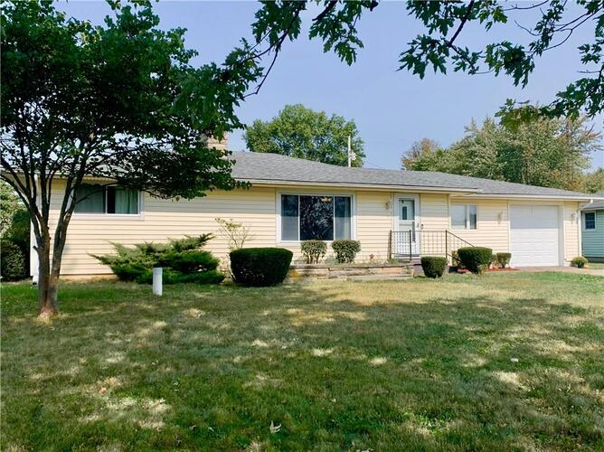 430 W Western Road New Castle, IN 47362 | MLS 21742078
