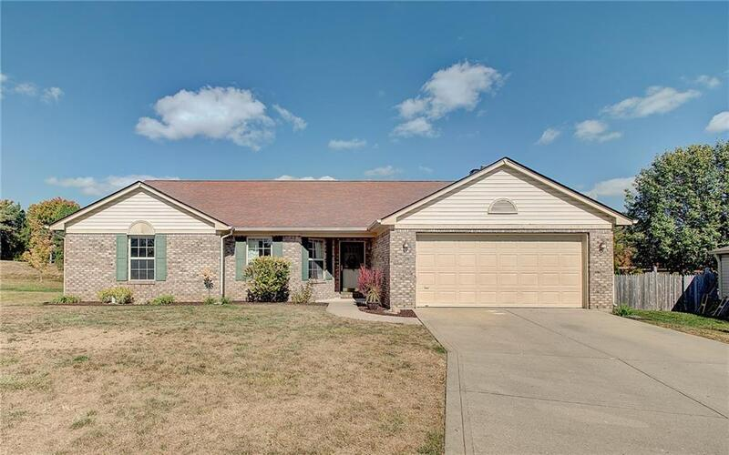 4962  Pearcrest Circle Greenwood, IN 46143 | MLS 21742399