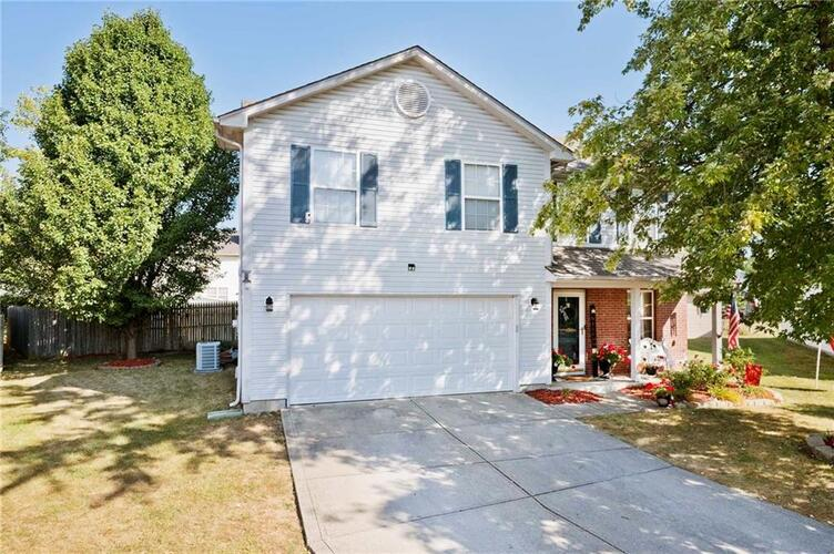 514  Stoneleigh Court Indianapolis, IN 46231 | MLS 21742780