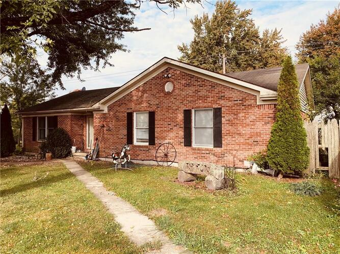200 E Midway Street Colfax, IN 46035 | MLS 21743397