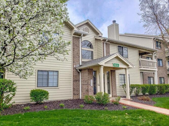 8830  Yardley Court Indianapolis, IN 46268 | MLS 21743937