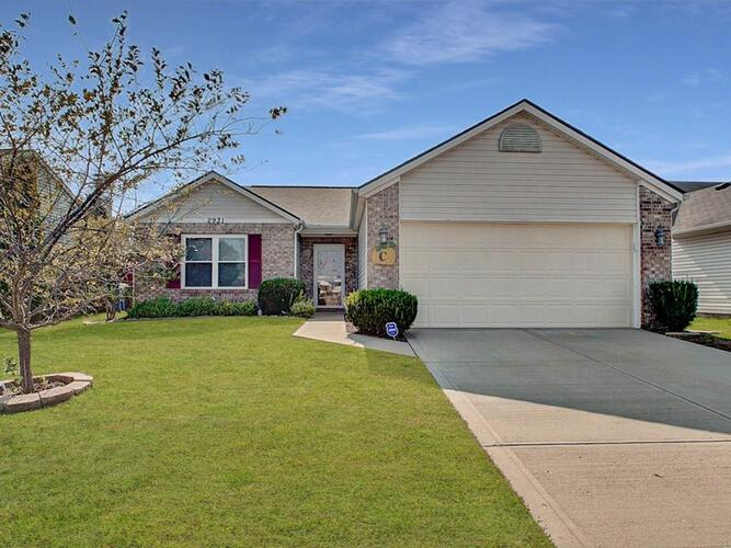 2931  Corbin Drive Indianapolis, IN 46217 | MLS 21744320