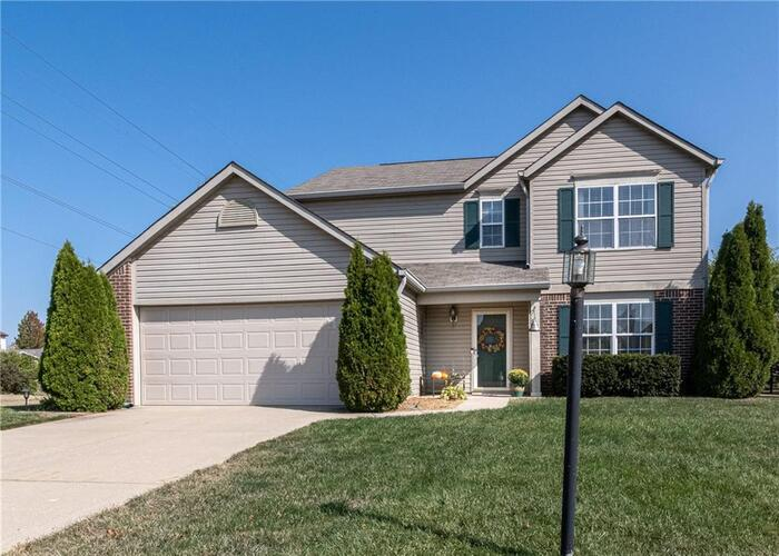 3204  WATERLOO Drive Indianapolis, IN 46268 | MLS 21744827