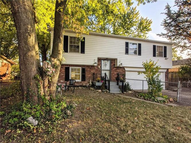 9115 E Washington Street Indianapolis, IN 46229 | MLS 21745010