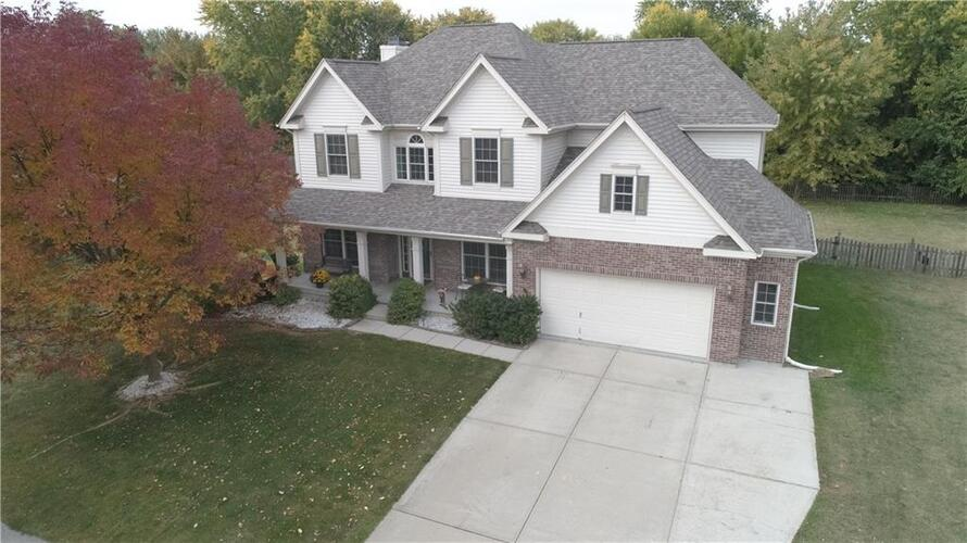 4361  Weather Stone Crossing Zionsville, IN 46077 | MLS 21745255