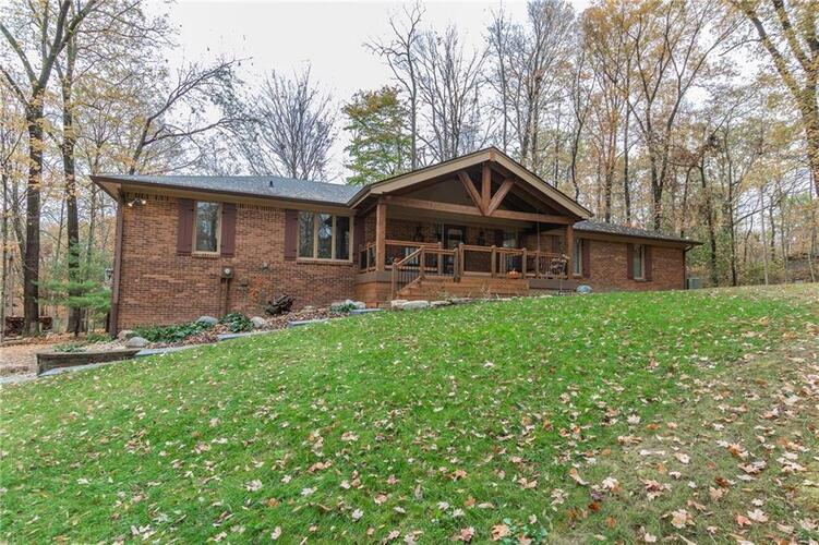 6591  LAKE FOREST Drive Avon, IN 46123 | MLS 21746398