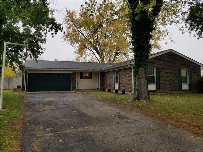 30  COVENTRY Court Greenfield, IN 46140   MLS 21746679