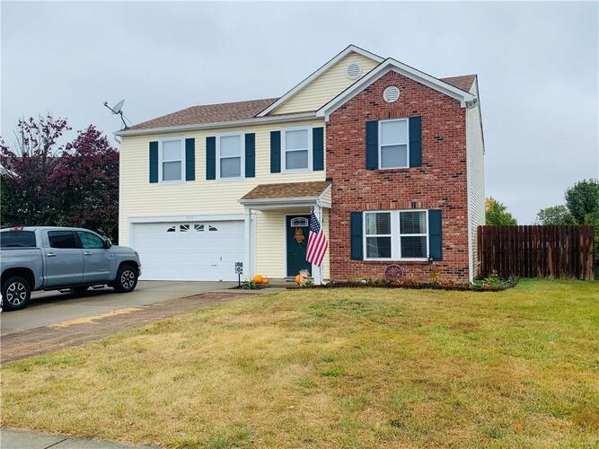 9058  Bayview Circle Plainfield, IN 46168 | MLS 21746735