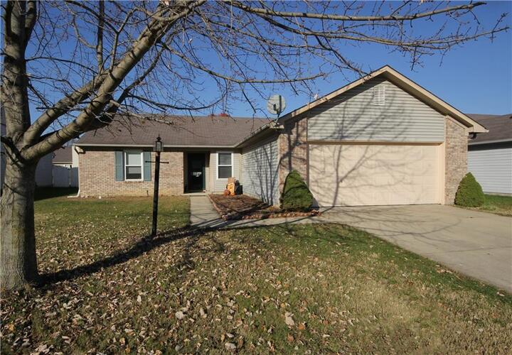 5904  Woodcote Drive Indianapolis, IN 46221 | MLS 21751166