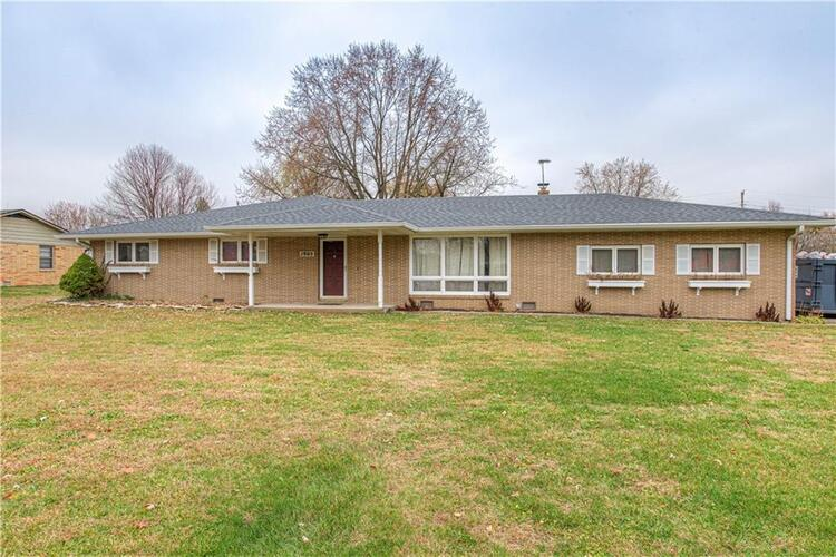 1905  Southwoods Road Anderson, IN 46012 | MLS 21752581