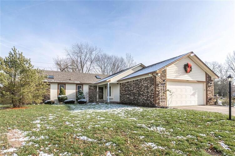 8043  BAYVIEW Point Indianapolis, IN 46256 | MLS 21754164