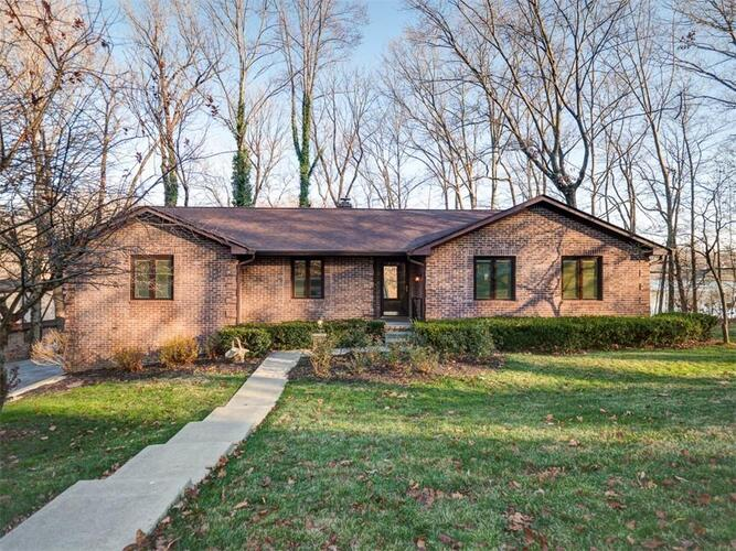 185  Bailliere Drive Martinsville, IN 46151 | MLS 21756584
