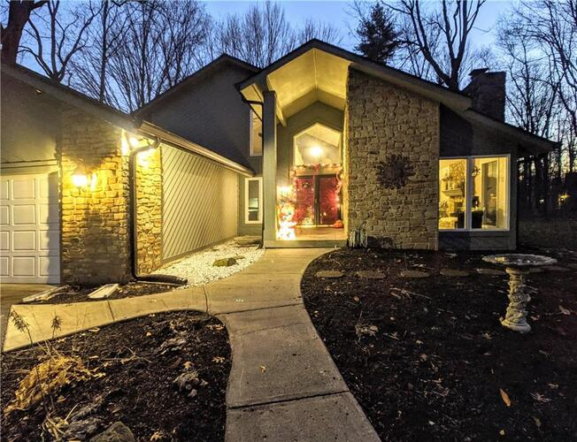 7303  Wood Stream Drive Indianapolis, IN 46254 | MLS 21756748