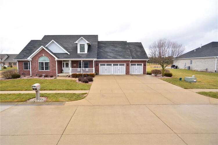 1232  Pebble Point Drive Shelbyville, IN 46176   MLS 21757480