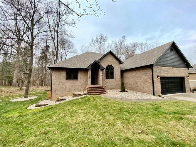3000  Country Club Court Martinsville, IN 46151 | MLS 21757962