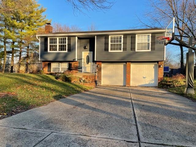 11002 E WHISTLER Drive Indianapolis, IN 46229 | MLS 21758260