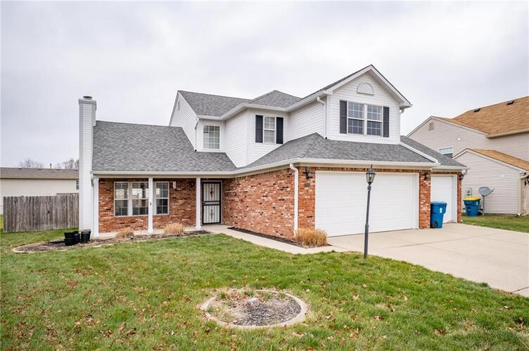 7948  Bent Willow Drive Indianapolis, IN 46239 | MLS 21758498