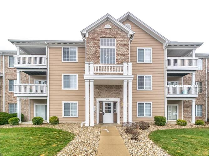 6516  Emerald Hill Ct Unit #310  Indianapolis, IN 46237 | MLS 21759196