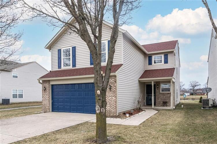 2250  RAYMOND PARK Drive Indianapolis, IN 46217 | MLS 21759738