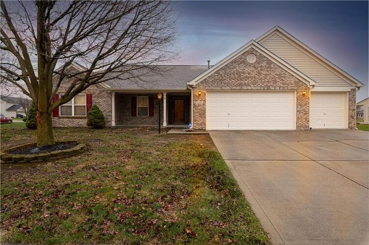 11847  Brocken Way Indianapolis, IN 46229 | MLS 21760744