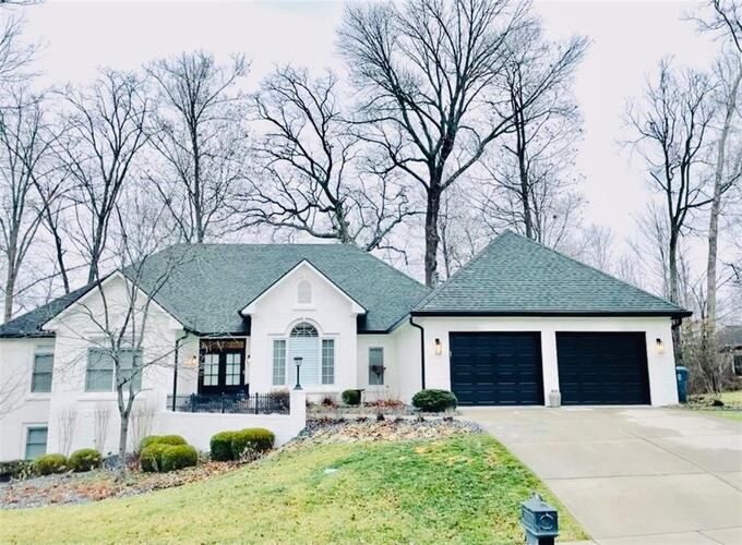 3271  Highpoint Court Greenwood, IN 46143 | MLS 21760937