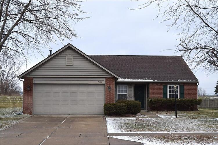 1622  COLD SPRING Drive Brownsburg, IN 46112 | MLS 21761252