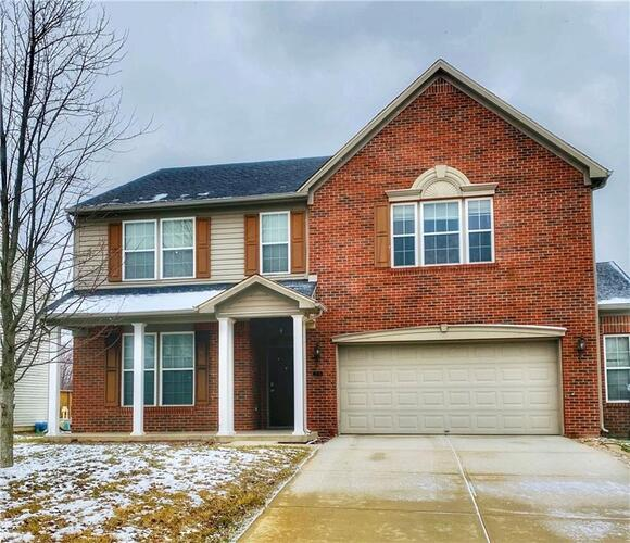 2735  FOXBRIAR Place Indianapolis, IN 46203 | MLS 21761347