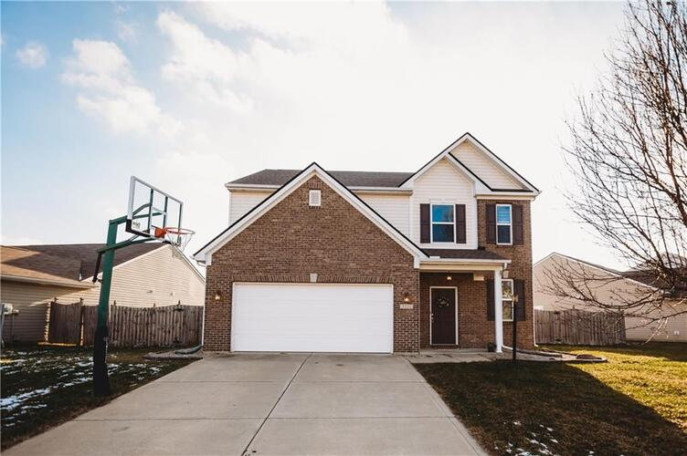 5221  BOMBAY Drive Indianapolis, IN 46239   MLS 21761483