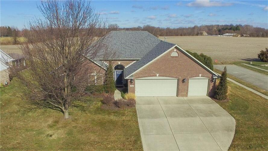 7210  Sunset Point Drive Indianapolis, IN 46259   MLS 21762626