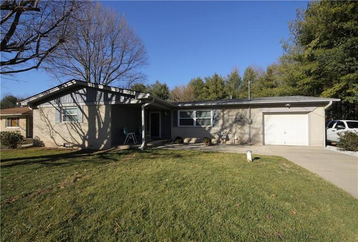 5088  Olive Branch Road Greenwood, IN 46143 | MLS 21762900