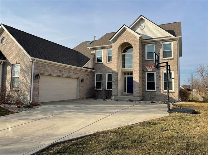 12160  Everwood Circle Noblesville, IN 46060 | MLS 21763918