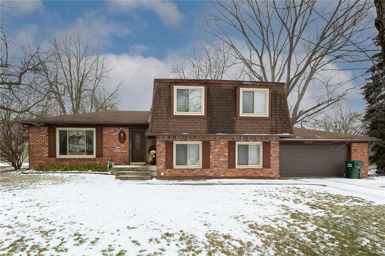 1304  Greenhills Road Greenfield, IN 46140 | MLS 21765982