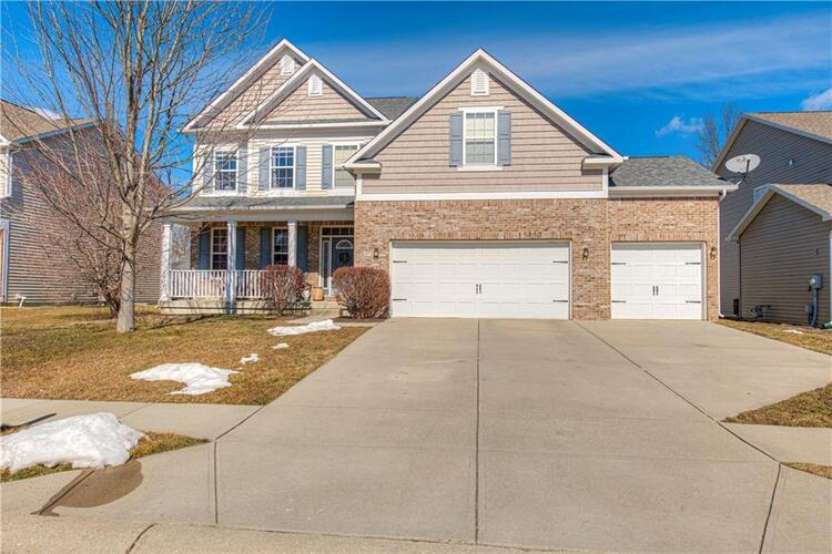 6114  Golden Eagle Drive Zionsville, IN 46077 | MLS 21766171