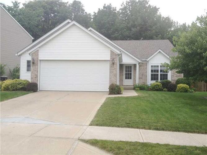 5633  Forest Rise Court Beech Grove, IN 46203 | MLS 21767866