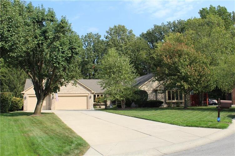 10242  Eastwind Court Indianapolis, IN 46256 | MLS 21768698