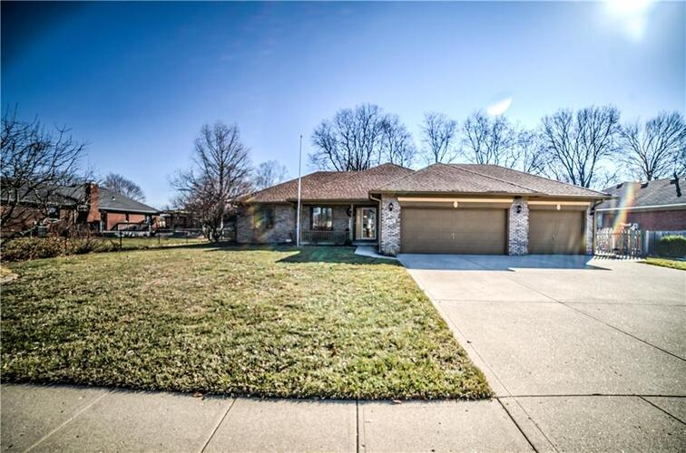 1645  Dale Drive Plainfield, IN 46168 | MLS 21769723