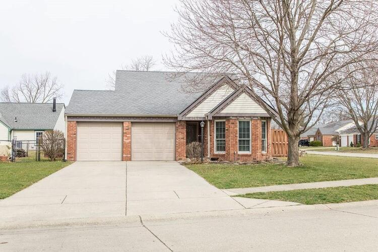 6798  Settlement Drive Indianapolis, IN 46250 | MLS 21770124