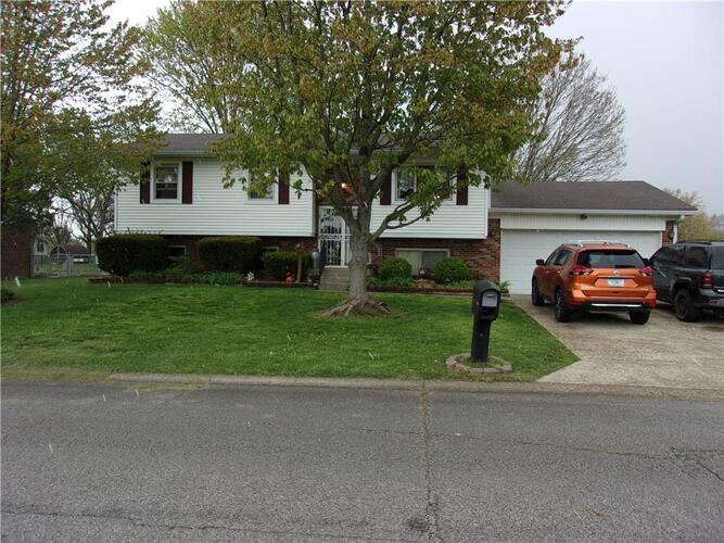 3224  Babette Drive Indianapolis, IN 46227 | MLS 21771220