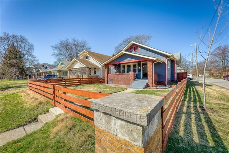 634 N Emerson Avenue Indianapolis, IN 46219 | MLS 21773713