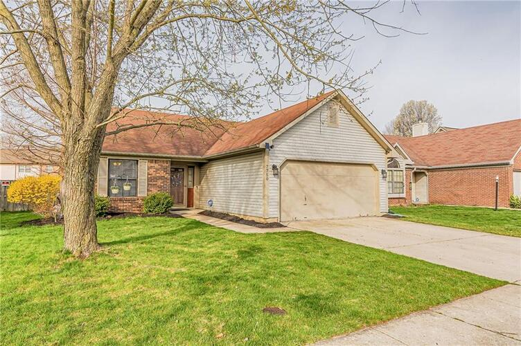 7750  Harcourt Springs Drive Indianapolis, IN 46260 | MLS 21774235