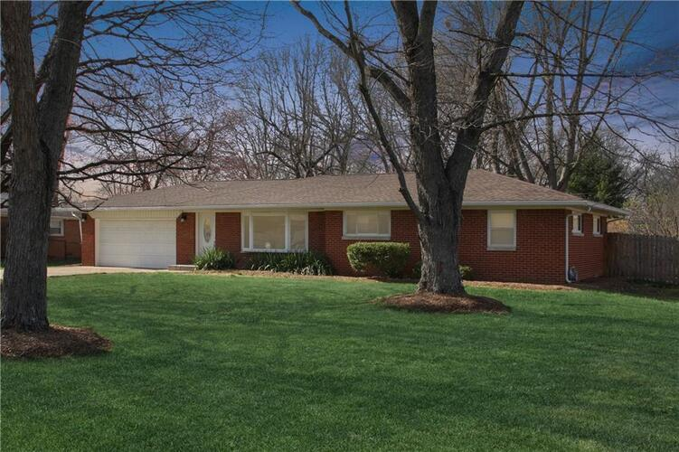 12114  Meadow Lane Indianapolis, IN 46236 | MLS 21774828